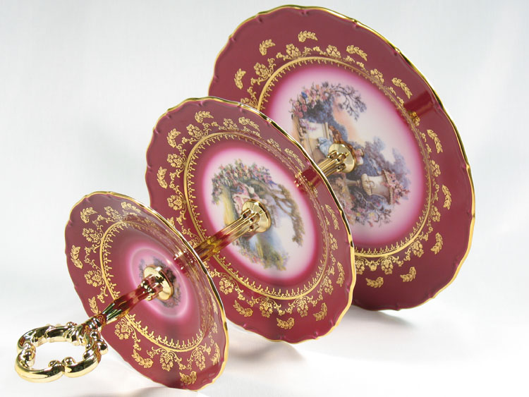 Madonna Cherry Romeo & Juliet Plate Holder